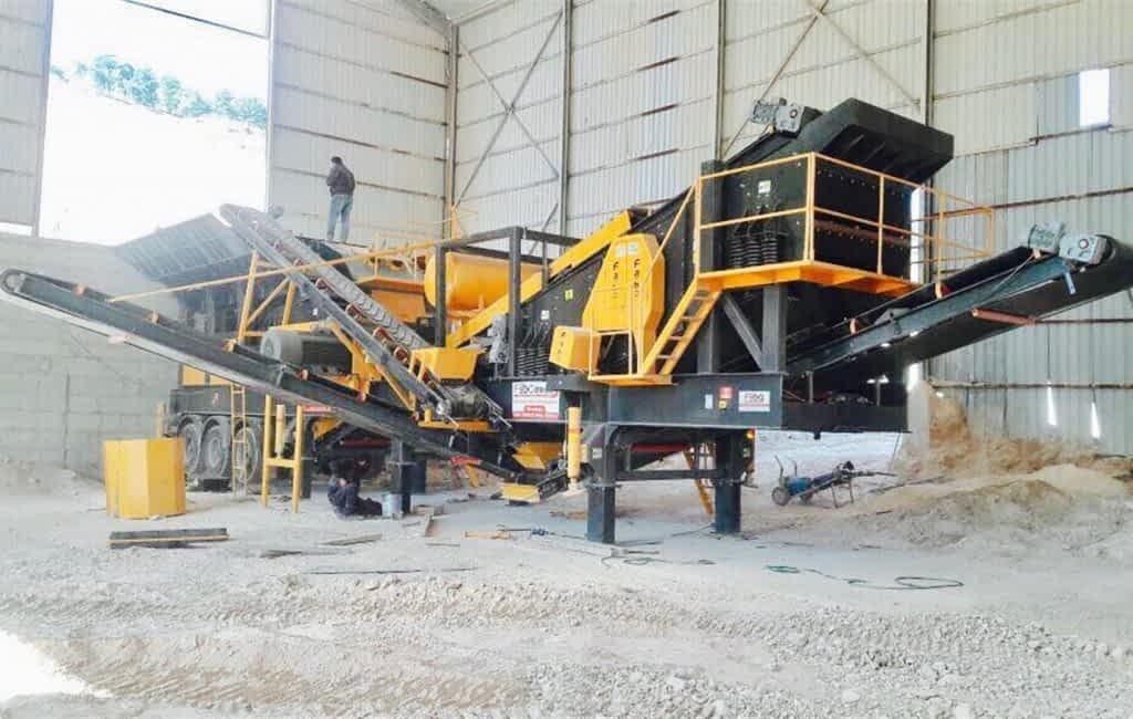 mobile-crusher-plant-pro150- (2) (Large)